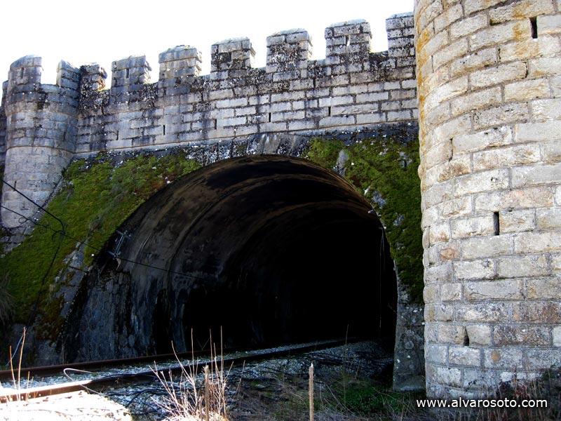 Boca norte del túnel de Somosierra