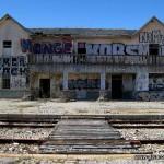 Fachada de la estación de Robregordo