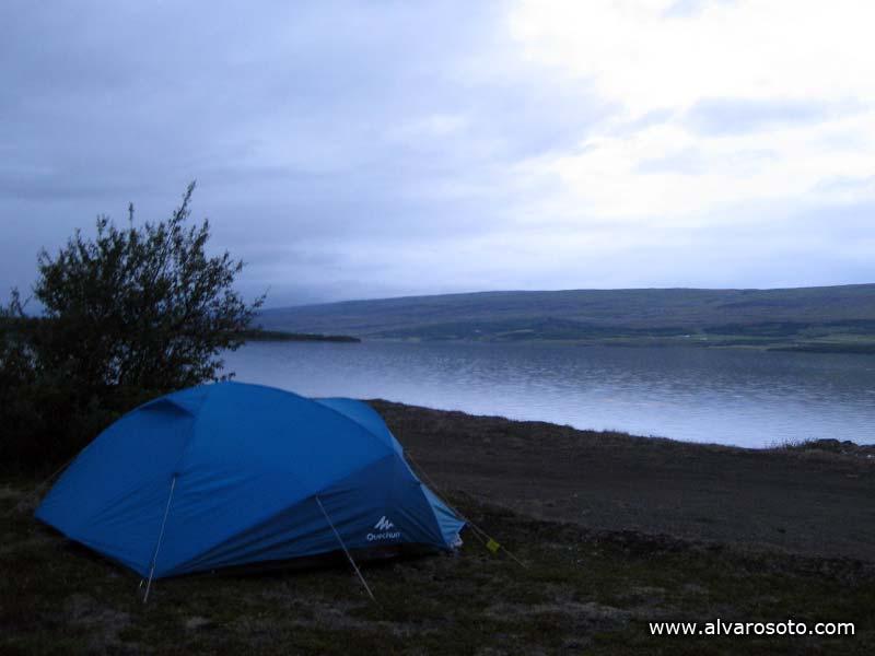 Una noche a la orilla del Lagafljót