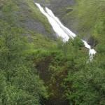 El doble chorro de la cascada Systrafoss