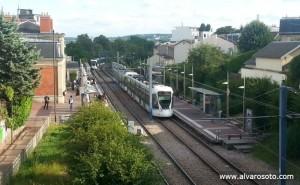 Estación de Suresnes-Longchamp y Museo de Historia Urbana y Social